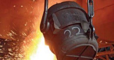 Erime noktası 1538 °C olan demir (Fe) metalinin sıvı hâli